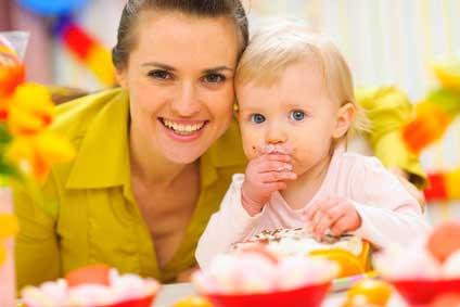 Diversification alimentaire de bébé: quand commencer, quels aliments introduire ?