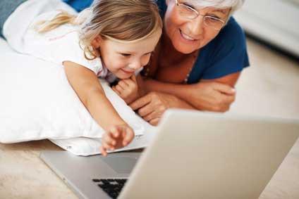 L'ordinateur et l'enfant: quelle place avant ses 3 ans ?